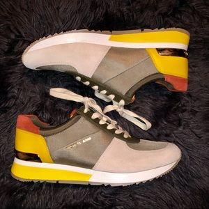 NWOT Michael Kors Sneaker